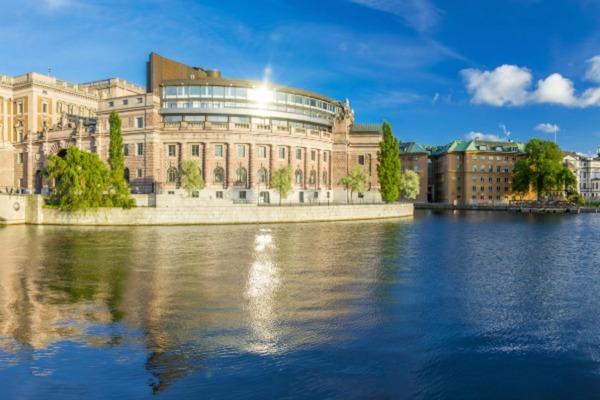 Sweden goes Orange