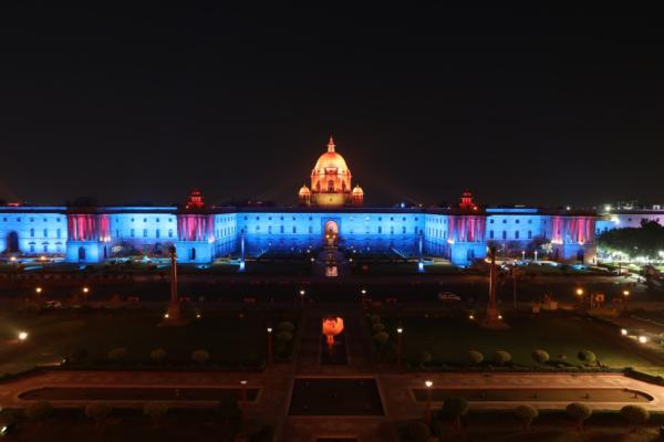 Philips Lighting casts new light on iconic Indian building