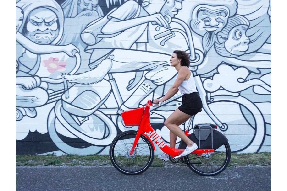 The shared electric bikes from Social Bicycles can lock to any regular bike rack