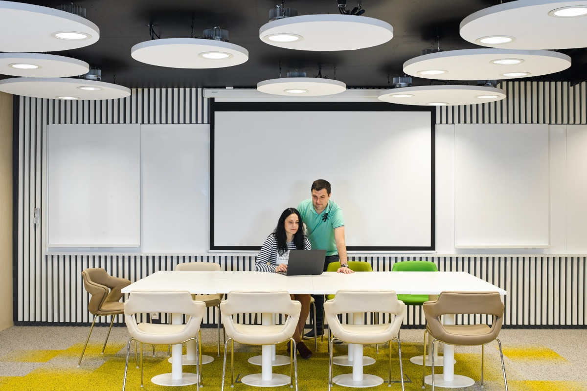 """The LED lighting system is tuned to support the """"circadian rhythms"""" of employees"""