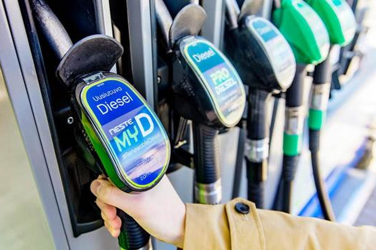 Neste MY renewable diesel is now available at the service station in Muurala, Espoo