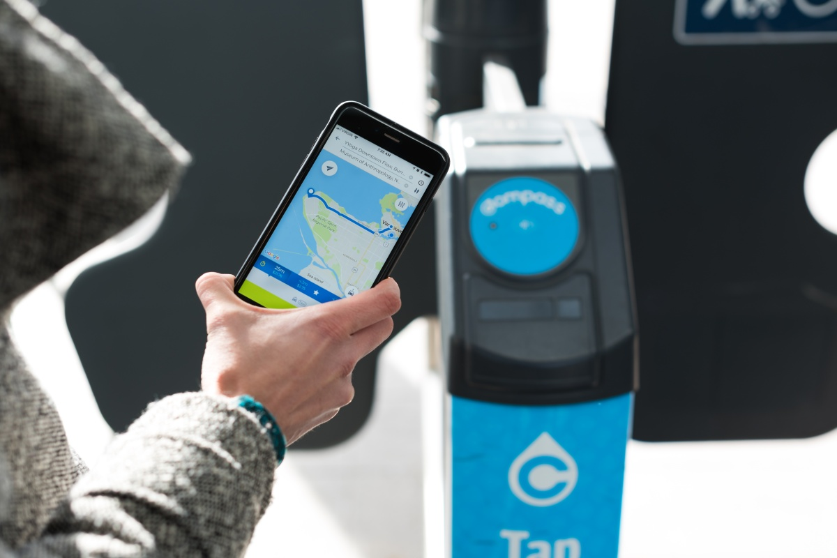 The app gives commuters more choice and allows them to track emissions