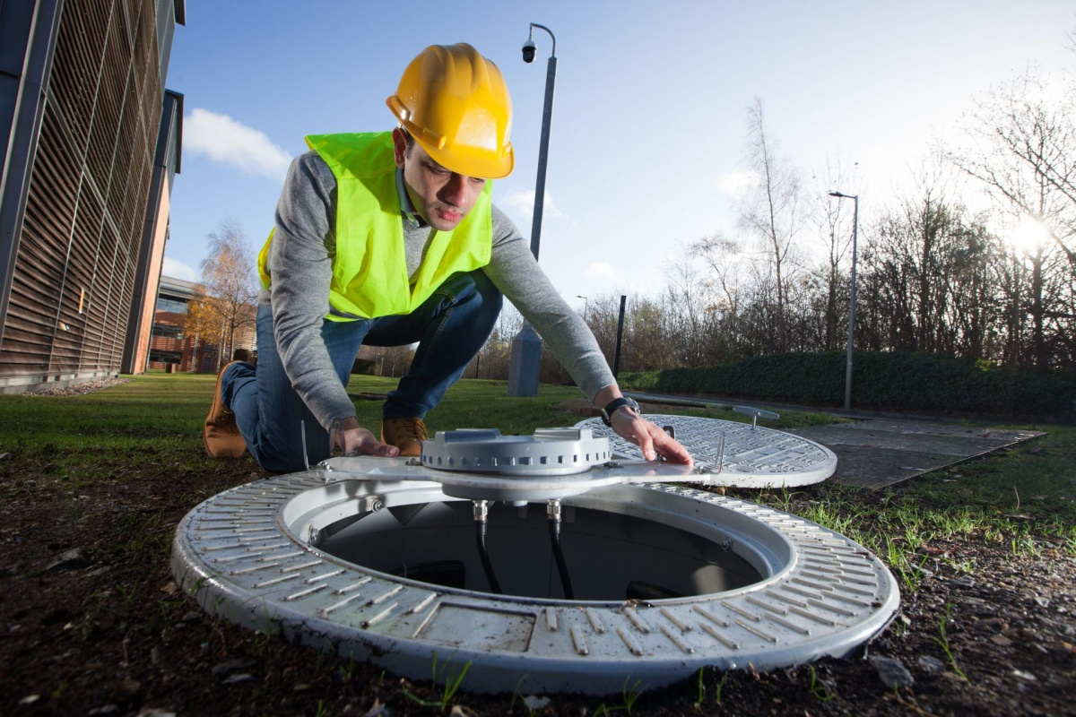 Vodafone is placing small antennae below street level to extend and improve connectivity