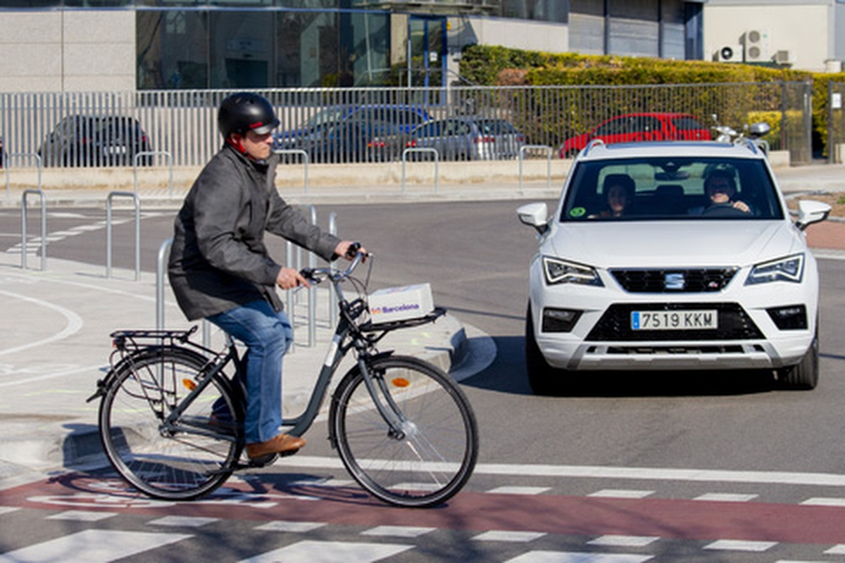 Road infrastructure and vulnerable road users will speak to the car
