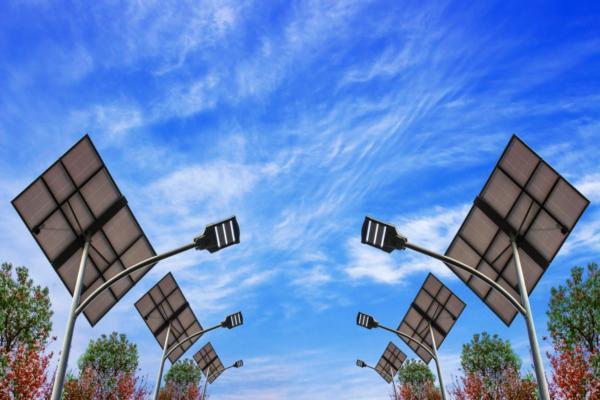 Smart street lighting market to grow $675m by 2023