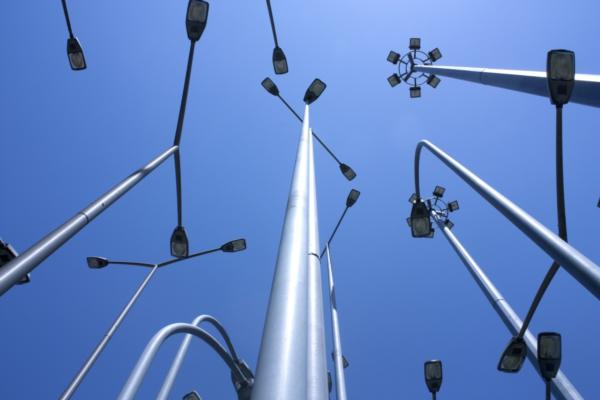 Smart street lighting could save cities $15bn by 2023