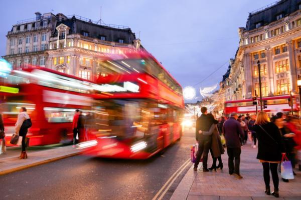 TfL revokes Uber's licence in London