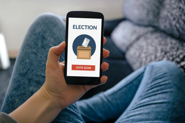 Blockchain e-voting: Backed by US candidate, hacked in Moscow