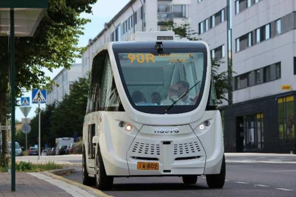 Helsinki citizens give positive feedback to 'robot' buses