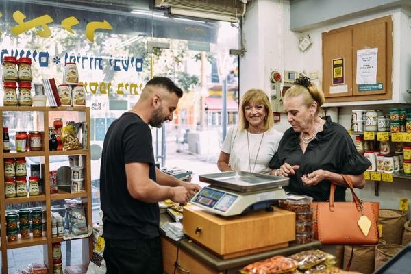 Smart city app aids Tel Aviv businesses struggling in construction zone