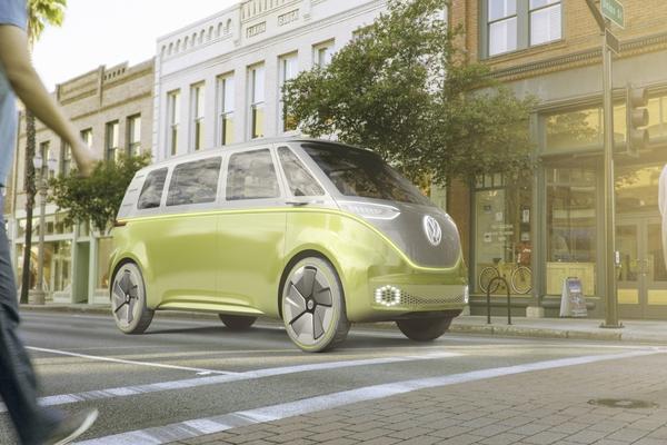 Qatar unveils autonomous, electric transport initiative