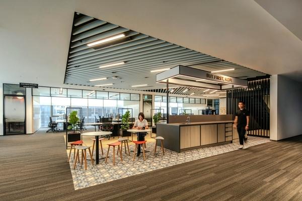 Microsoft creates digital twin of regional HQ