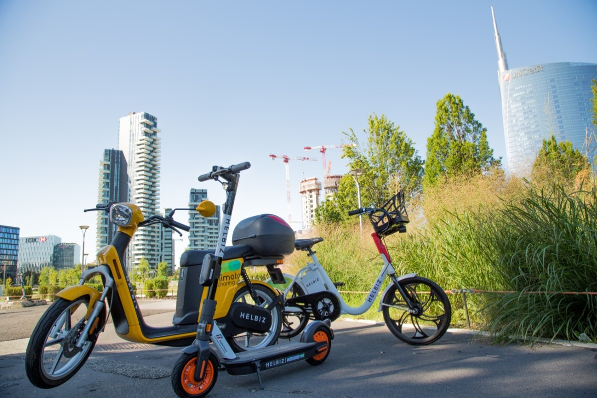 Electric mopeds have joined the Helbiz micro-mobility fleet