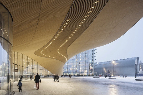 The city of Helsinki aims to be carbon-neutral by 2035. Photo: Tuomas Uusheimo