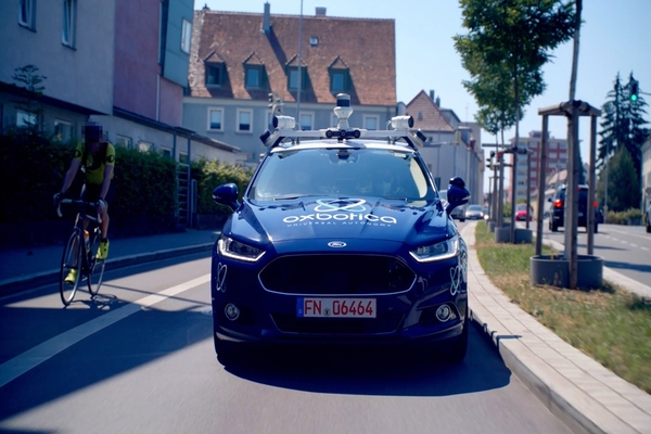 Oxbotica completes right-hand side AV road trials in Germany