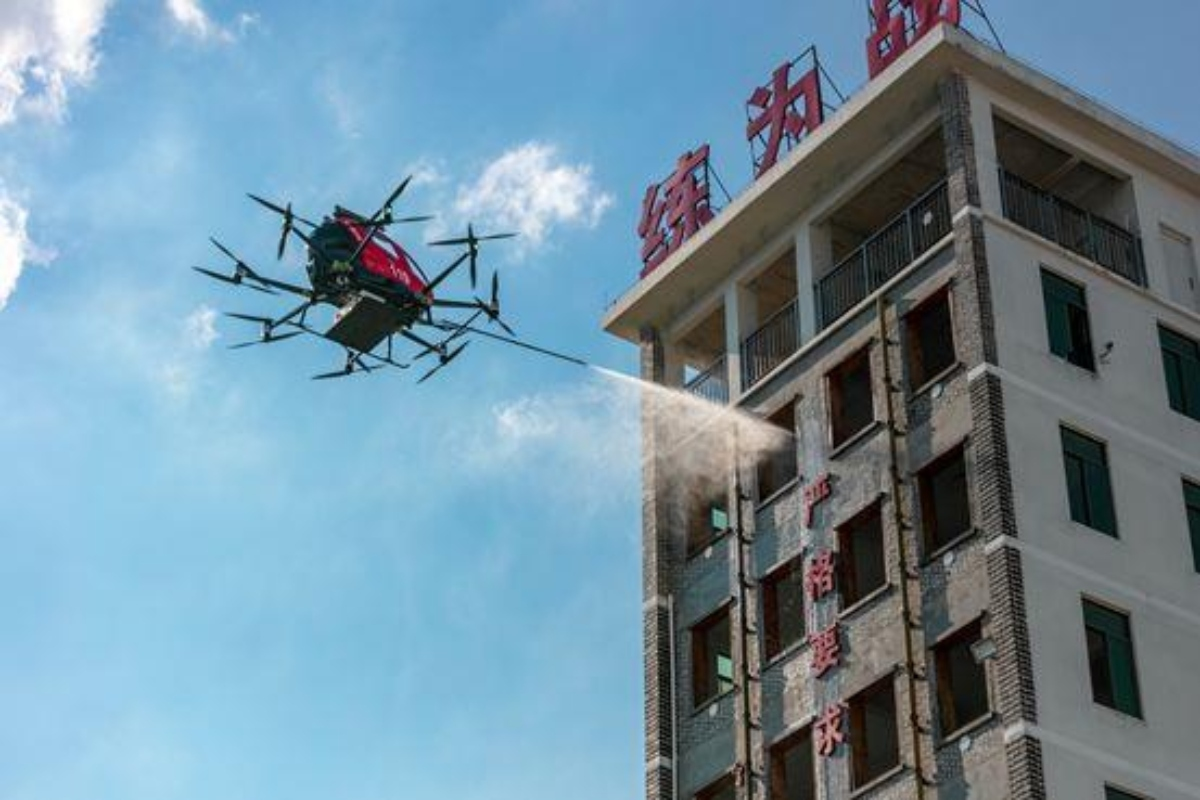 The 216F demonstrated putting out a fire in a high-rise building in Yunfu, China
