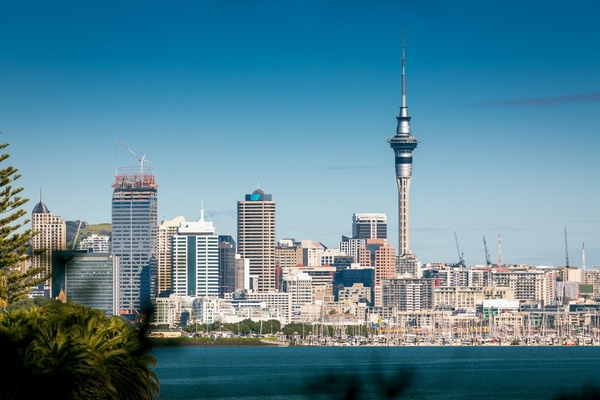 Spark switches on 5G in Auckland and demonstrates smart city applications