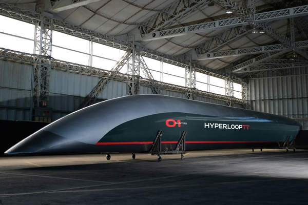 HyperloopTT's capsule travelling system in Toulouse