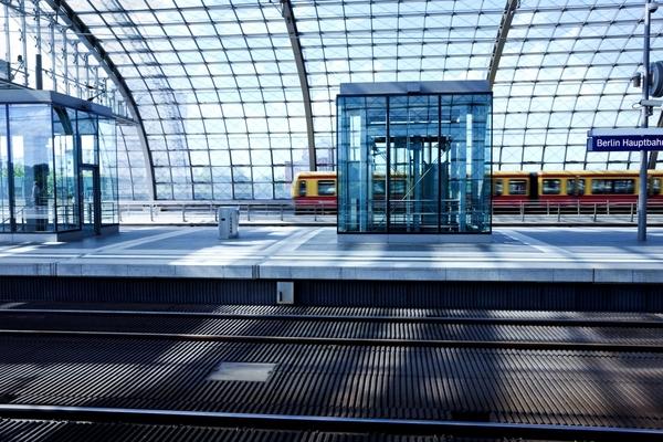 Berlin's S-Bahn smart rail project goes live