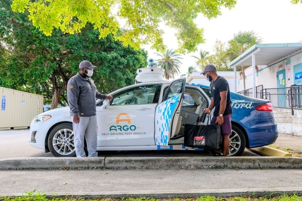 Safe, contactless deliveries are being made in Ford's Fusion hybrid self-driving test vehicles