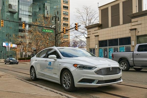 Mobileye pledges to bring autonomous vehicles to everyone, everywhere