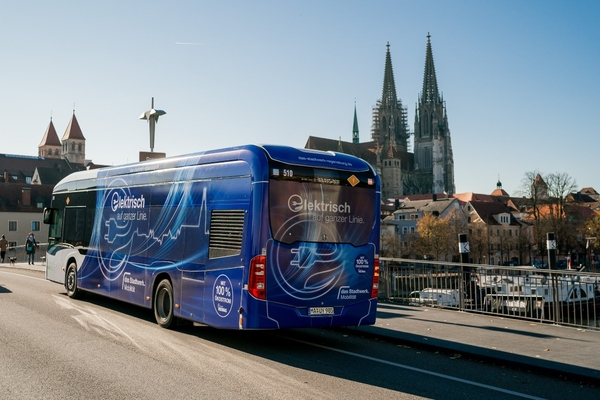 Regensburg rolled out its first e-buses in 2017. Copyright: das stadtwerk Regensburg/Simon Gehr