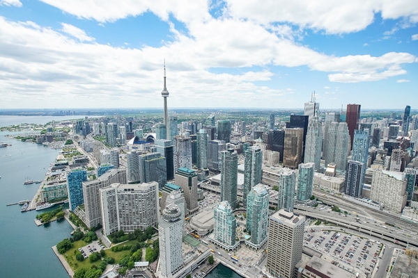 Toronto approves plan to create more resilient and safer transport system