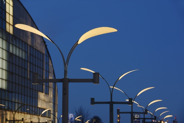 Investment in smart streetlighting to hit $28bn over next decade