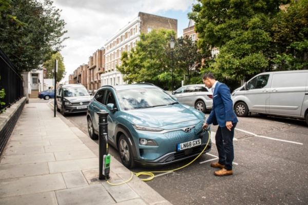 Shell to acquire EV charging company Ubitricity