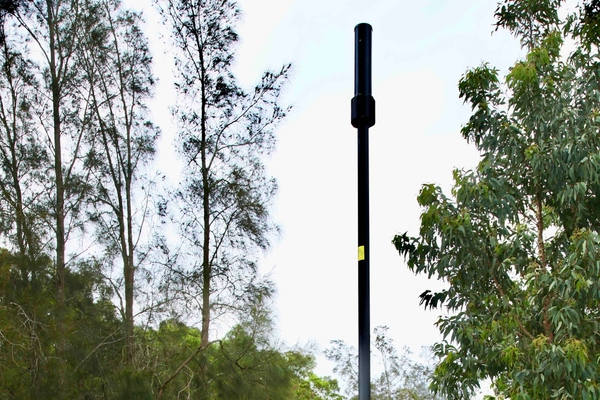 Telebelly features an integrated pole and antenna solution
