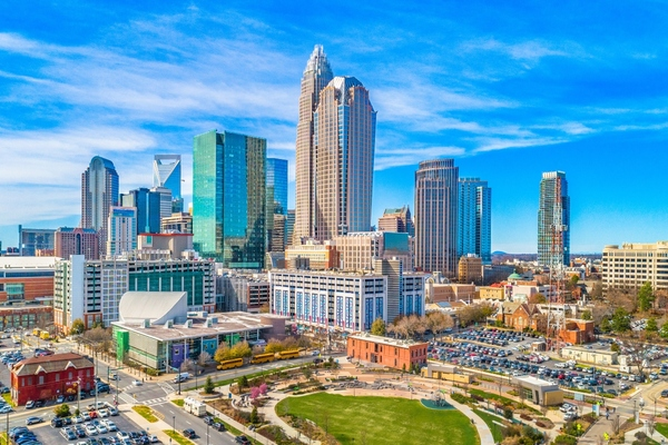 City of Charlotte approves public-private partnership for electric bus pilot