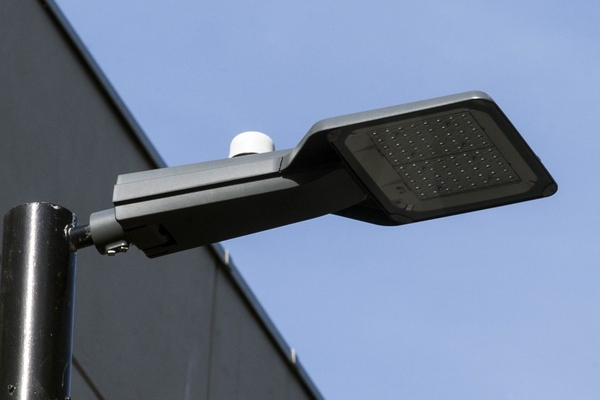 UK county upgrades controls on 82,000 residential streetlights