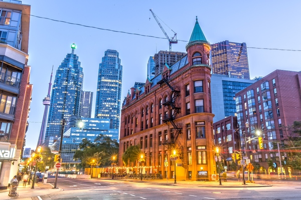 Toronto accelerates its transformation to digital payments and services