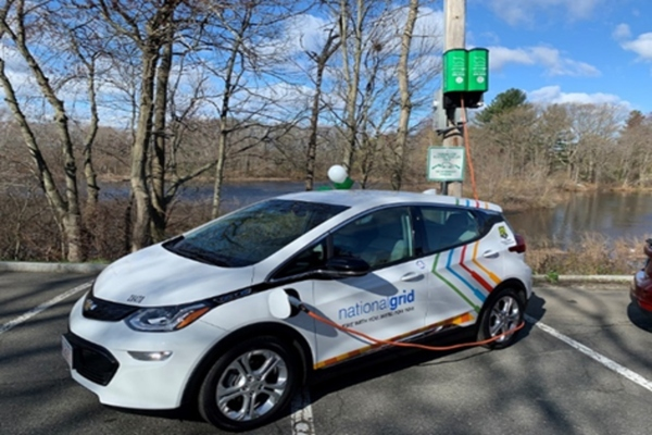 Utility pole-mounted EV chargers help turn Melrose green
