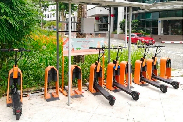 Singapore explores e-scooters as a replacement for short-distance transit