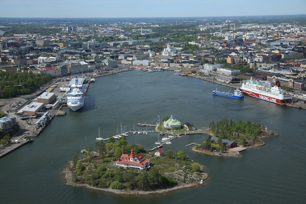 Helsinki calls for proposals to redevelop harbour area