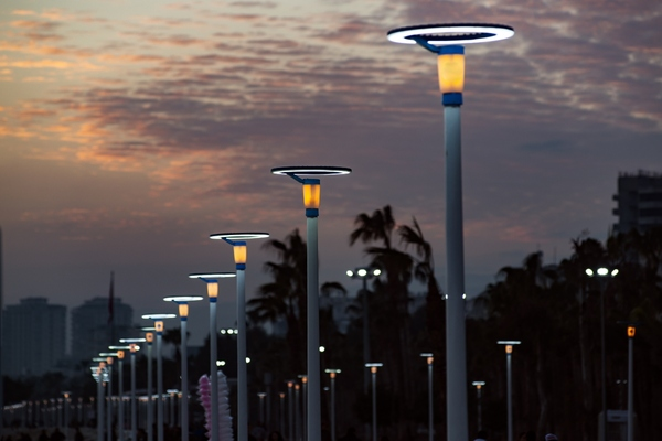 Smart lighting: why we are discussing it again