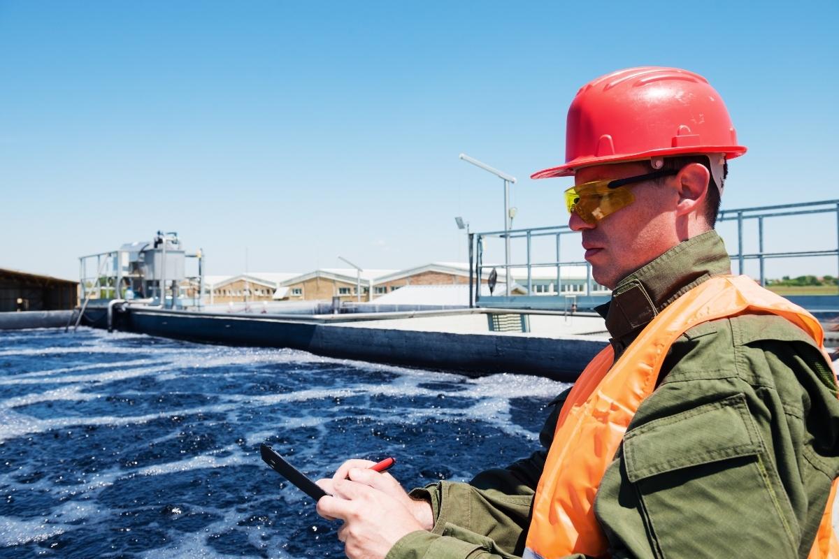 water engineer_sewage plant_smart cities_Adobe.jpg