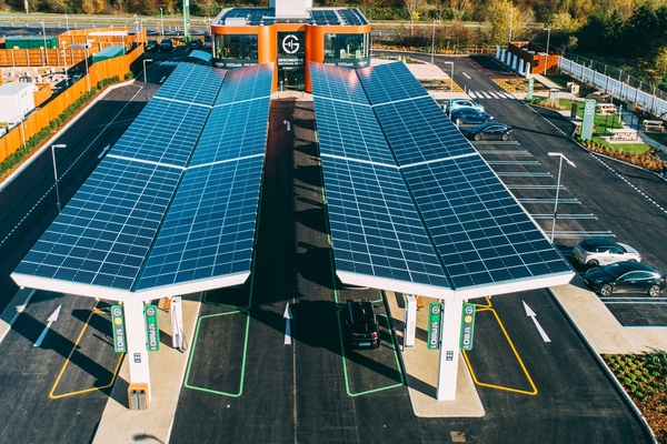Gridserve progresses UK's network of electric forecourts