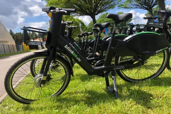 Vaimoo develops and manufactures the electric bikes