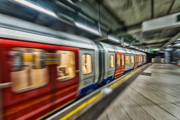 London to provide connectivity across the Underground network by 2024