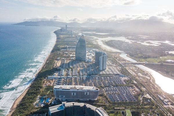 Chinese low carbon energy project commences operation in tropical resort